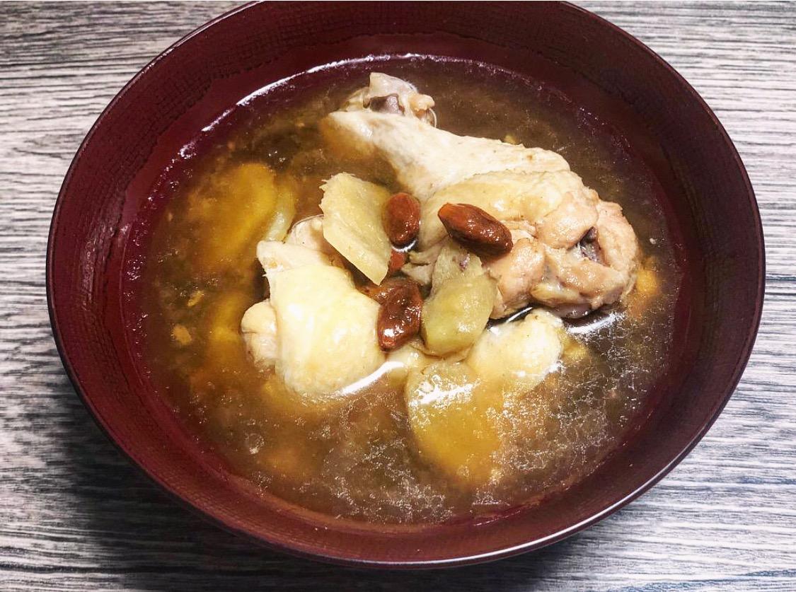 """台湾の薬膳スープ。""""月子餐"""" の代表的料理""""麻油鶏(マーヨージー)""""!!"""