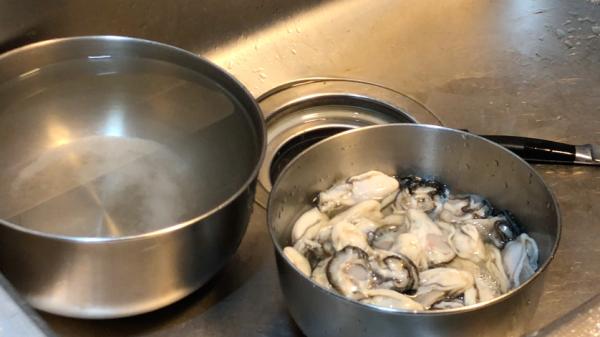 牡蠣を縮ませないためには…。方法3通り!!お酒と葛を使う!?おすすめ牡蠣レシピも紹介!
